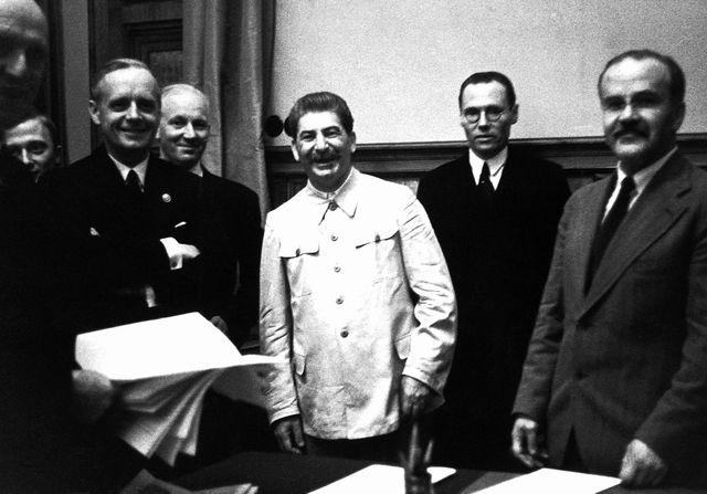 Molotov-Ribbentrop Pack Signed: