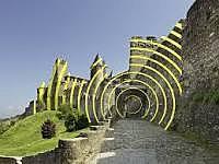 """BOVERO Andréa -  La sollicitation du spectateur /Felice Varini /""""Cercles concentriques excentriques"""" Carcassonne 2018 (château et remparts de la cité de Carcassonne)"""