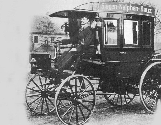 Benz & Co. and DMG build omnibuses
