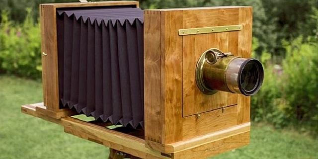 La cámara se transforma en un instrumento de madera