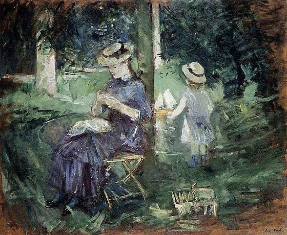 Dona i nen al jardí