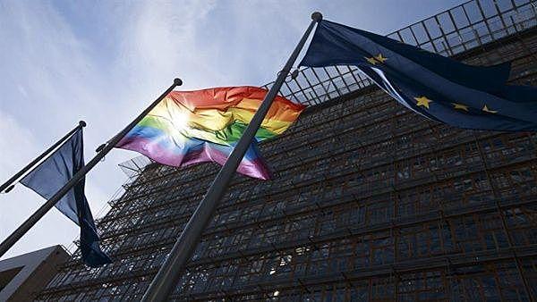 Homosexualidad legal