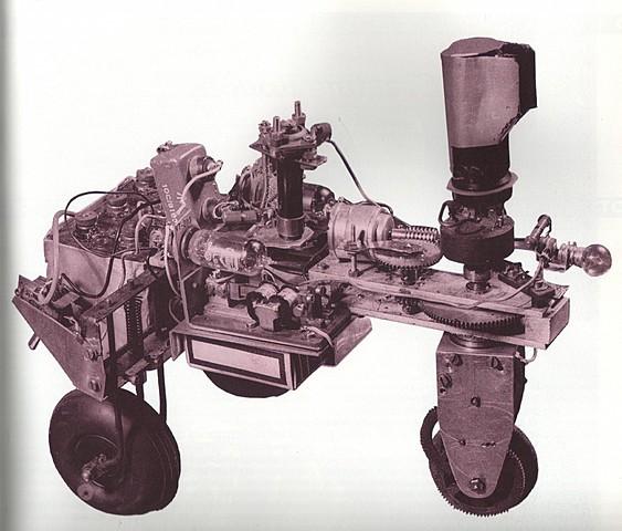 se construye en Inglaterra el primer robot móvil llamado ELSIE