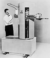 las empresas American Machine y Foundry Co (AMF) introducen el robot comercial Versatran