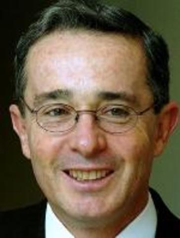 Presidente Electo Alvaro Uribe Velez