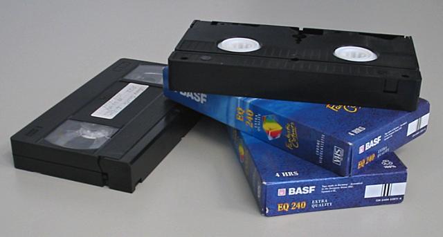 VHS (Video Home System) is een opname- en afspeelstandaard voor videorecorders.