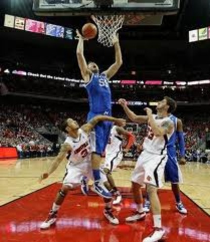 Kentucky Blows out Louisville at home