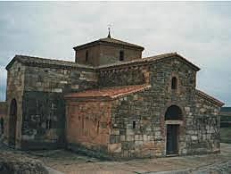 Organizacion De Una Especie De Abadía Medieval Con Colegio Para Niños, Asilo De Ancianos Y Sementeras Comunes