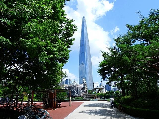 Lotte World Tower | 554.5 m | 123 korrust