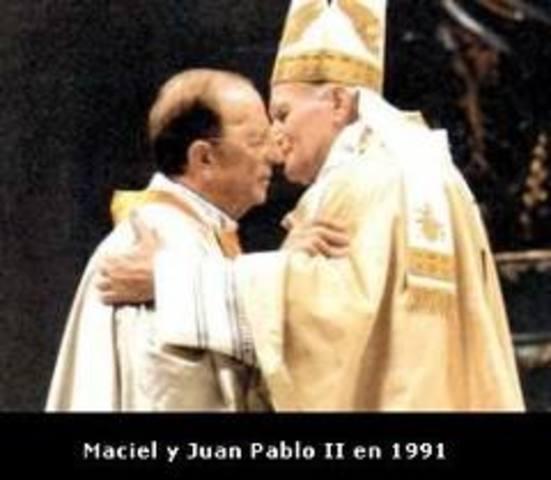 Papa Juan Pablo II beatifica al sacerdote colombiano Mariano de Jesús Euse.