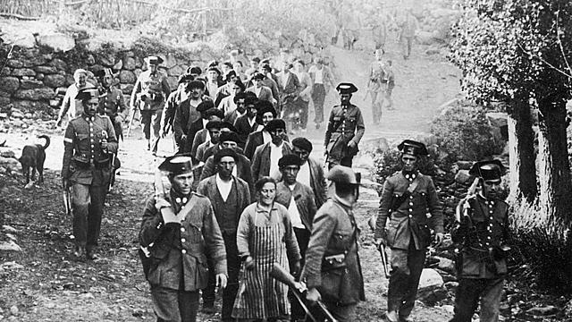 CEDA en el gobierno. Insurrección en Asturias. Enfrentamientos con la Generalitat. Suspensión del Estatuto catalán