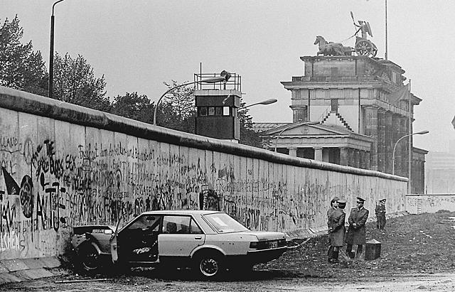 Mauerbau in Berlin