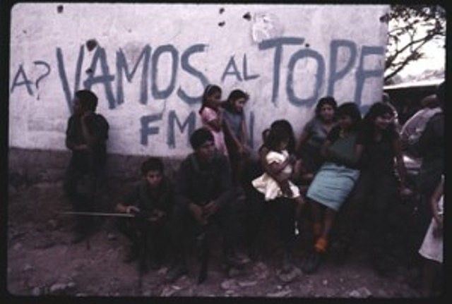 """FMLN lanza ofensiva """"Hasta el Tope"""""""