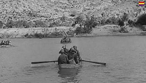 Comienza la batalla del Ebro con el avance republicano.