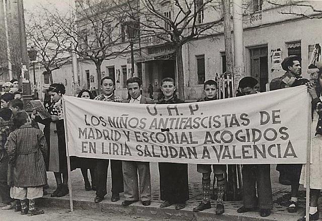 El gobierno de Largo Caballero pasa a Valencia