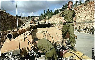 Israel Pulls Remaining Troops from Lebanon