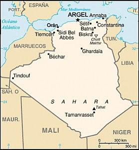 Desembarcació al Marroc i Algèria.