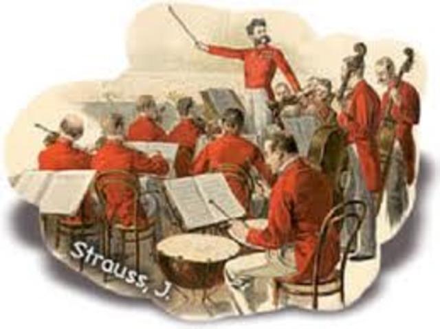 Passa a formar part de l'orquestra del poble