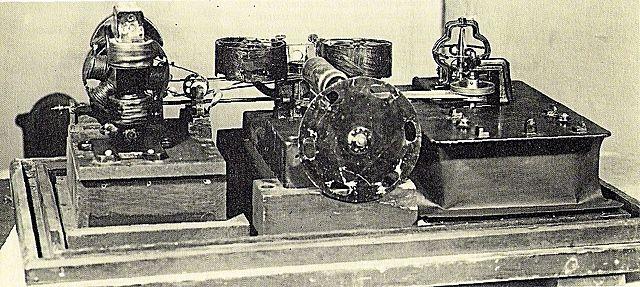 Kinetógrafo de W.K. Laurie Dickson patentado por Edison
