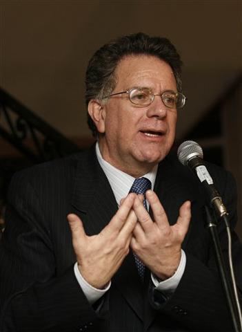 Carlos Lleras Restrepo, tercero de los presidentes del Frente Nacional, asume la Presidencia. De inmediato inicia gestiones para la creación de una comunidad andina y se reúne en Bogotá con los presidentes de Chile, Venezuela, Ecuador y Perú.