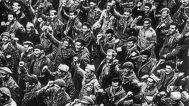 Sublevación en contra del Frente Popular y la República: comienza la rebelión militar que da lugar a la Guerra CiviSublevación en contra del Frente Popular y la República: comienza la rebelión militar que da lugar a la Guerra Civilo