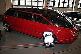 Lamborghini bertone genesis: 5.2L V12 med 455 BHP.