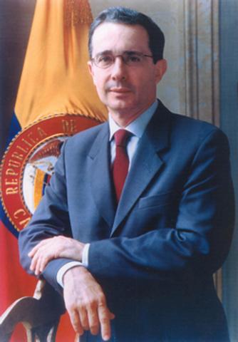Alvaro Uribe Velez - Elegido como Presidente de la República