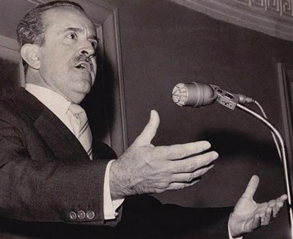 Guillermo León Valencia - Elegido Presidente