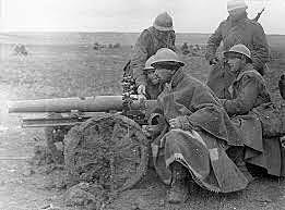 Las fuerzas republicanas derrotan a las tropas italianas en la batalla de Guadalajara