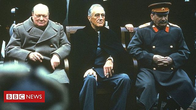 Começa a Conferência de Yalta