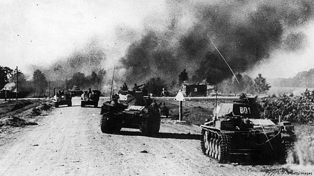 Alemanha ataca União Soviética