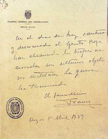 (Abril 1939) El general Franco hace público el último parte bélico el día 1: la guerra ha terminado con la victoria de quienes se habían sublevado tres años antes.