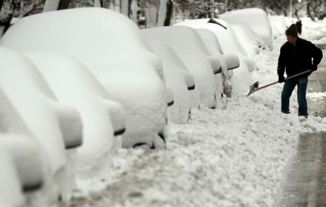 A powerful winter storm blankets the Northeastern United States