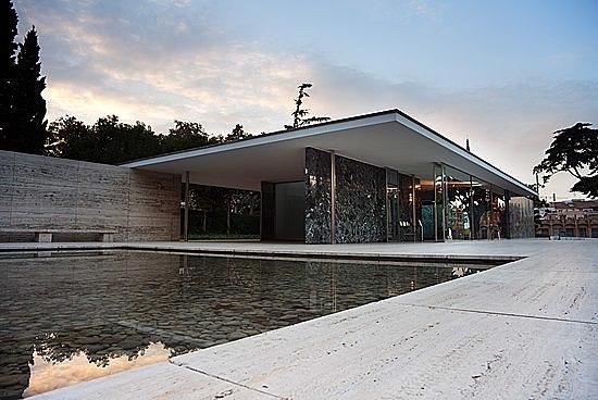 Pavelló de Mies Van der Rohe
