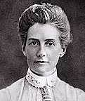Edith Cavell is executed