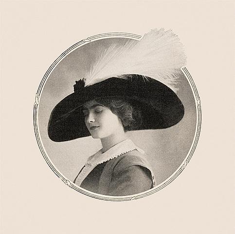 Coco Chanel crea l'empresa Chanel Modes