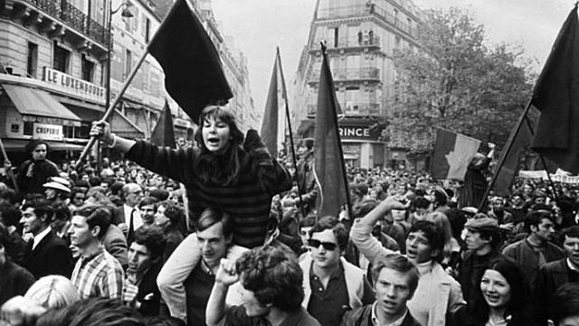 Revoltes populars produïdes per la guerra que EEUU lliurava al Vietnam.