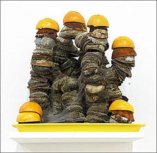 """Manon Guilliez - Exposition temporaire / Michel Blazy : """"Bar à orange"""" ( sculpture )"""