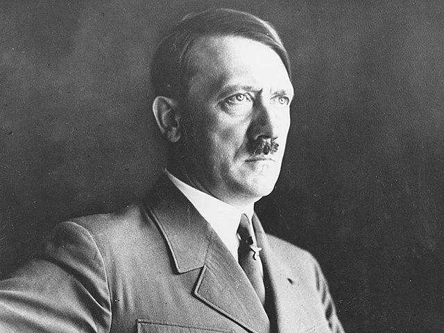 Adolf Hitler guanya les eleccions i puja al poder: III Reich alemany