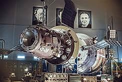 La URSS llança a l'espai l'Esputnik 1, primer satèl·lit artificial