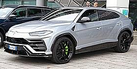 Lamborghini Urus: 4L V8 twin-turbo med 649 HP
