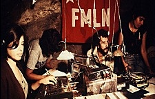 Inicia transmisiones la emisora clandestina «Radio Venceremos»