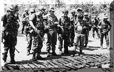Las poblaciones de San Vicente y San Miguel son atacadas por insurgentes