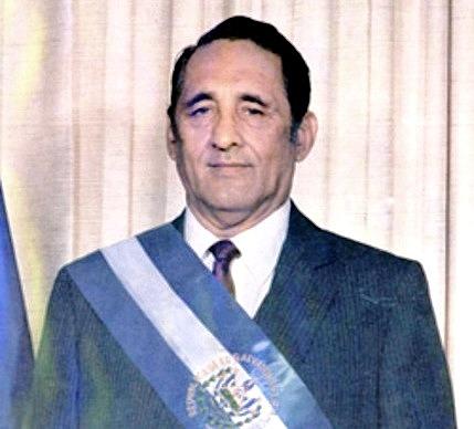 Asume la presidencia José Napoleón Duarte.