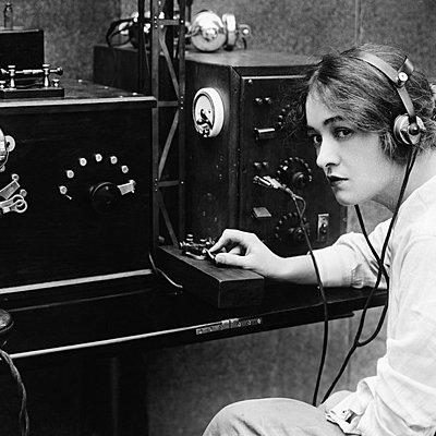 История зарубежного радиовещаниия timeline