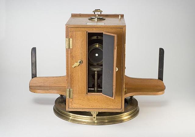 John Johnson and John Harrison's Pantoscopic Camera