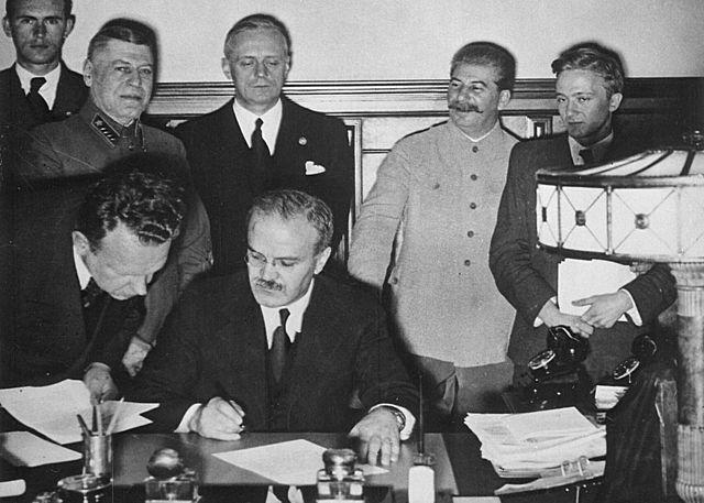 Preparant la guerra: la formació d'aliances