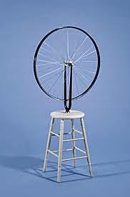 Rueda de bicicleta sobre taburete, Duchamp