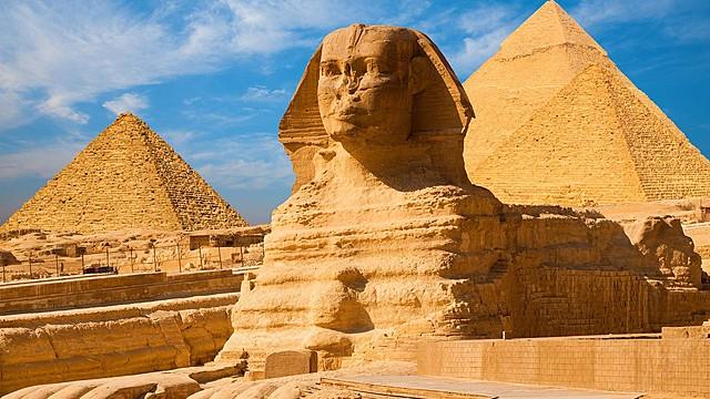 Date de mon choix : La construction du Sphinx
