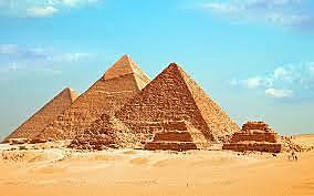 Date importante : La fin de la construction de la Pyramide de Gizeh